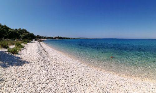 Girenica Beach